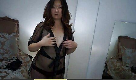 Asiática cachonda hentai peliculas en español bailando y desnudándose en el estudio parte 3