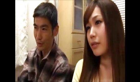 La polla de tio recibe una hermosa mamada de una joven stripper desinhibida y se corre hentai audio español